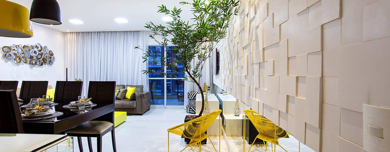 Livings de estilo  por Amanda Pinheiro Design de interiores