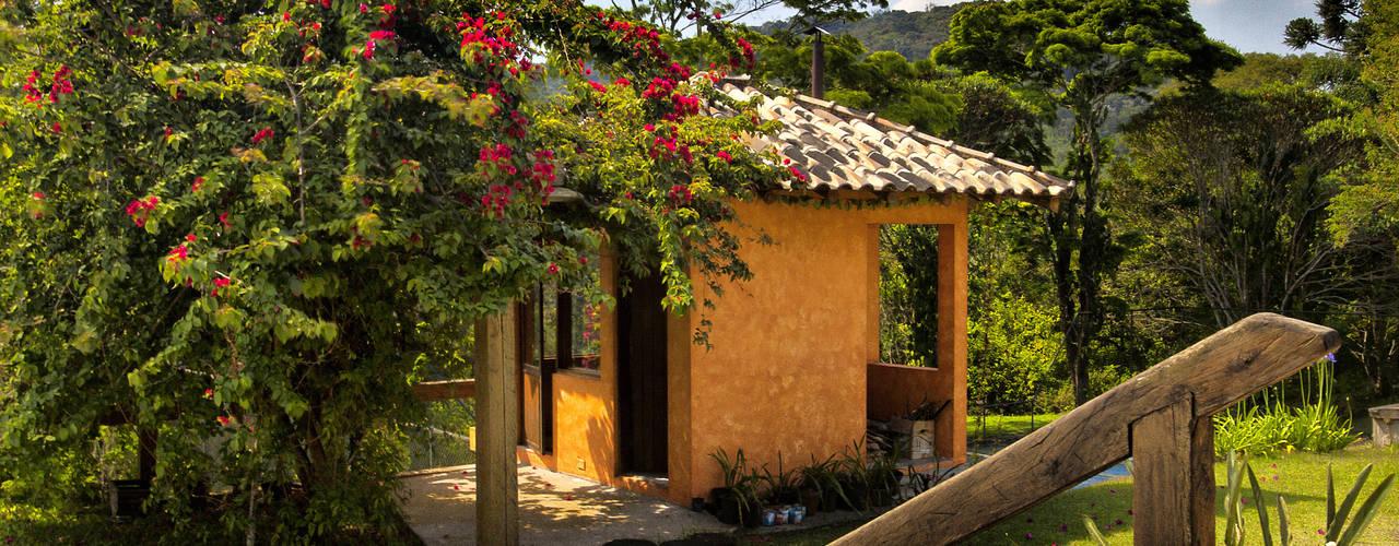Casas de estilo rústico de Bianka Mugnatto Design de Interiores Rústico