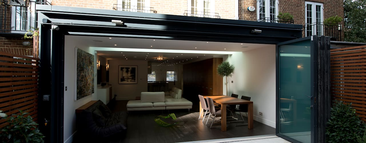 Rear Extension: modern Houses by DDWH Architects