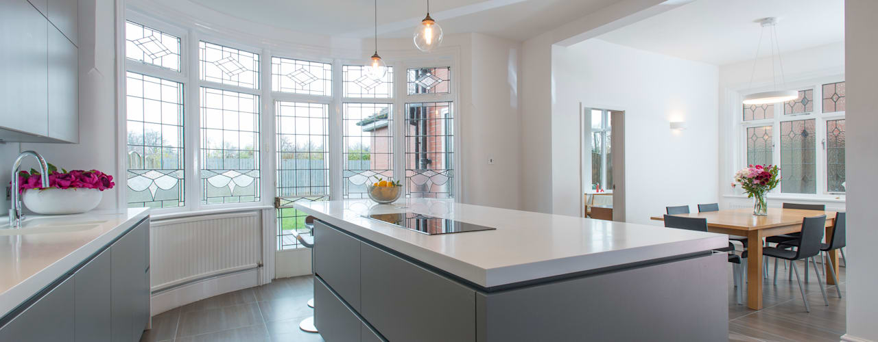 Mr & Mrs Hopkins Modern style kitchen by Diane Berry Kitchens Modern