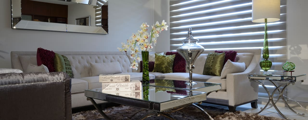 Living room by VICTORIA PLASENCIA INTERIORISMO, Eclectic
