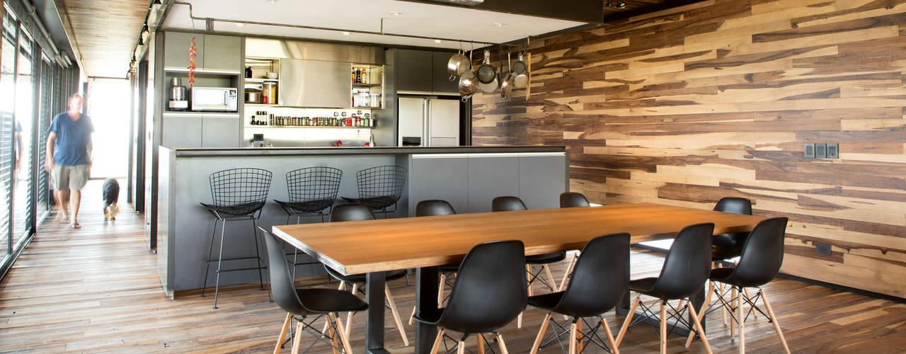 Ruang Makan by A4estudio