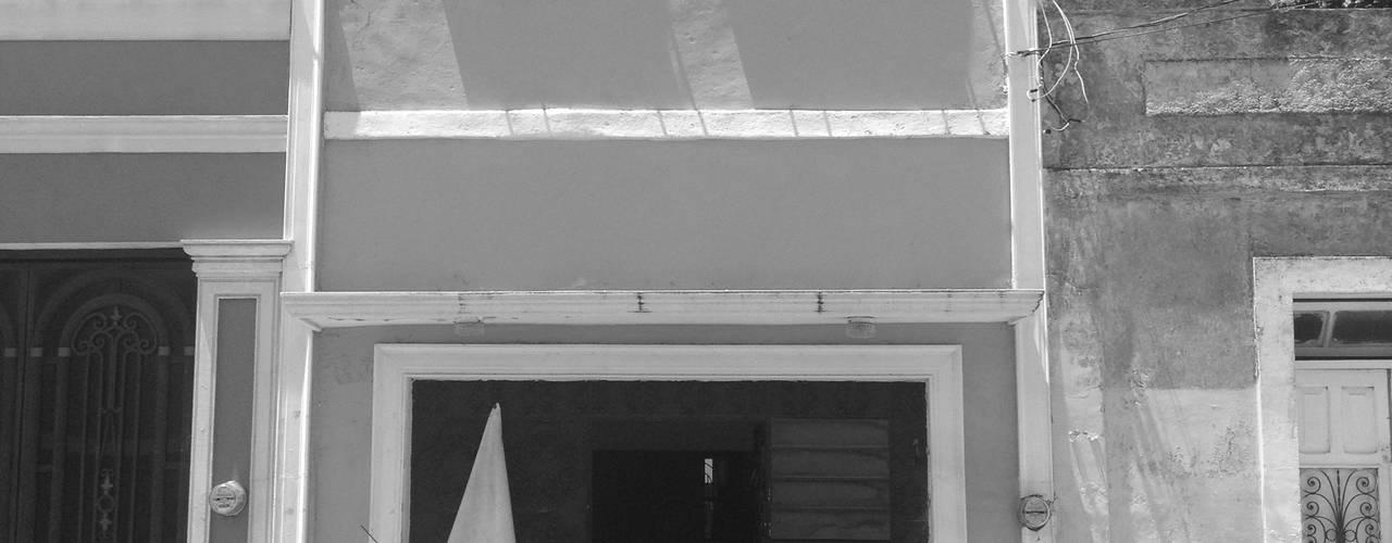 Fachada Original - B+H45:  de estilo  por HPONCE ARQUITECTOS