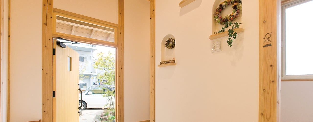 Windows by 株式会社粋の家