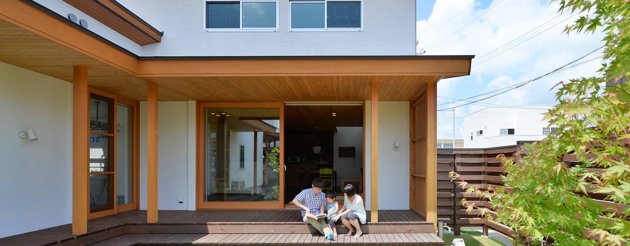 上新庄の家: haws建築設計事務所が手掛けたテラス・ベランダです。