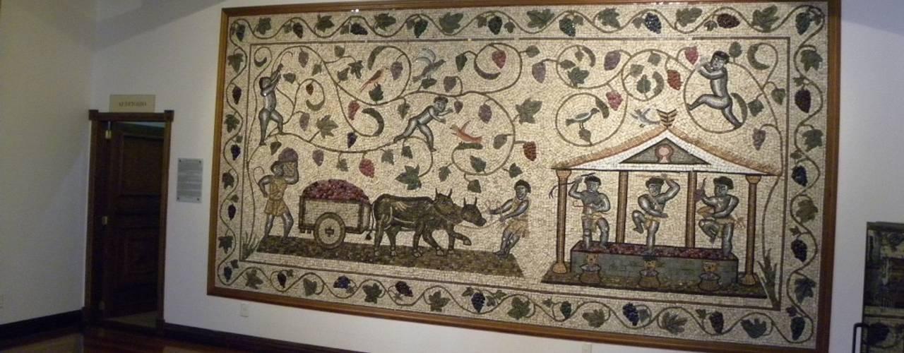 Mosaico Leonardo Posenato Classic corridor, hallway & stairs