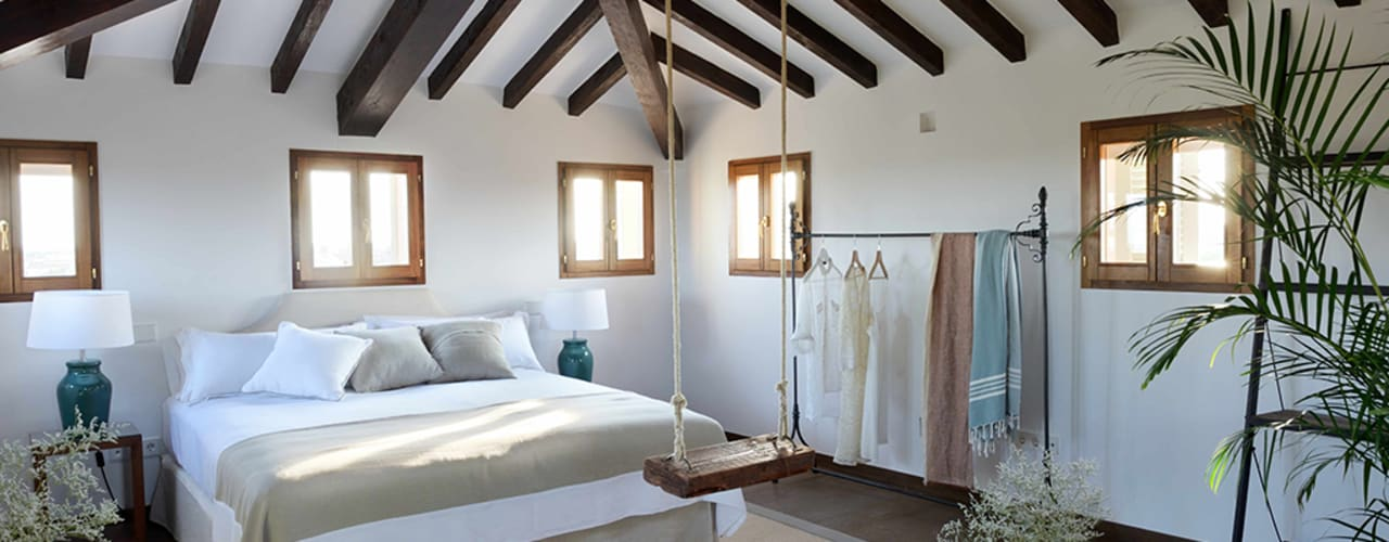Hotel in Mallorca Cal Reiet / The Main house Bloomint design Dormitorios de estilo mediterráneo
