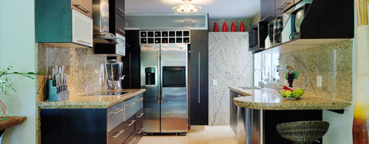 Excelencia en Diseño Asian style kitchen
