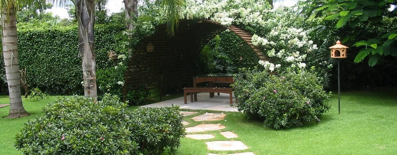 Jardins campestres por Fabio Camargo Paisagismo Campestre