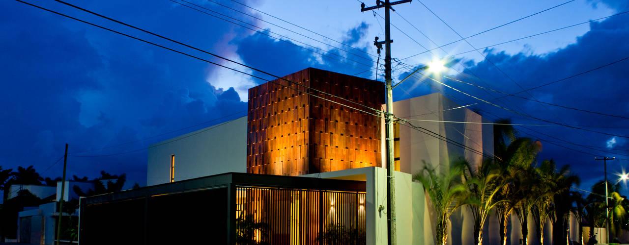 Rumah oleh r79, Modern