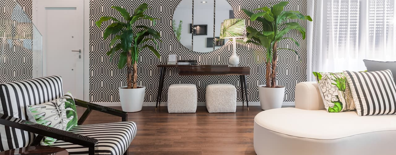 Sala Tropical Chic:   by Movelvivo Interiores