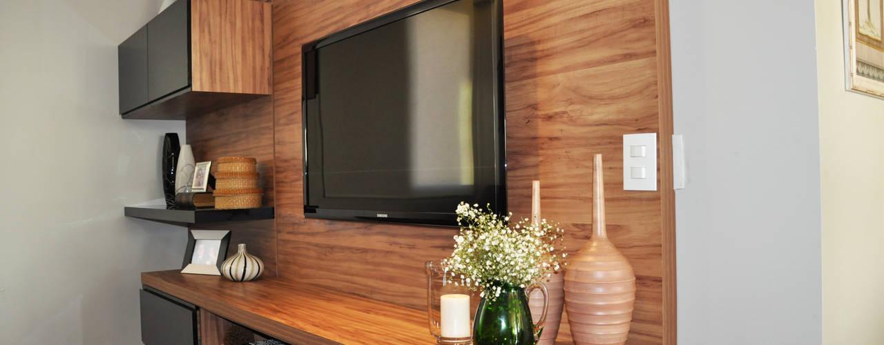 غرفة المعيشة تنفيذ Novità - Reformas e Soluções em Ambientes