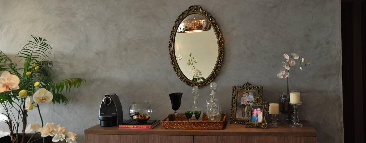 Modern dining room by Novità - Reformas e Soluções em Ambientes Modern