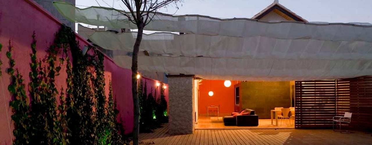 庭院 by daniel rojas berzosa. arquitecto