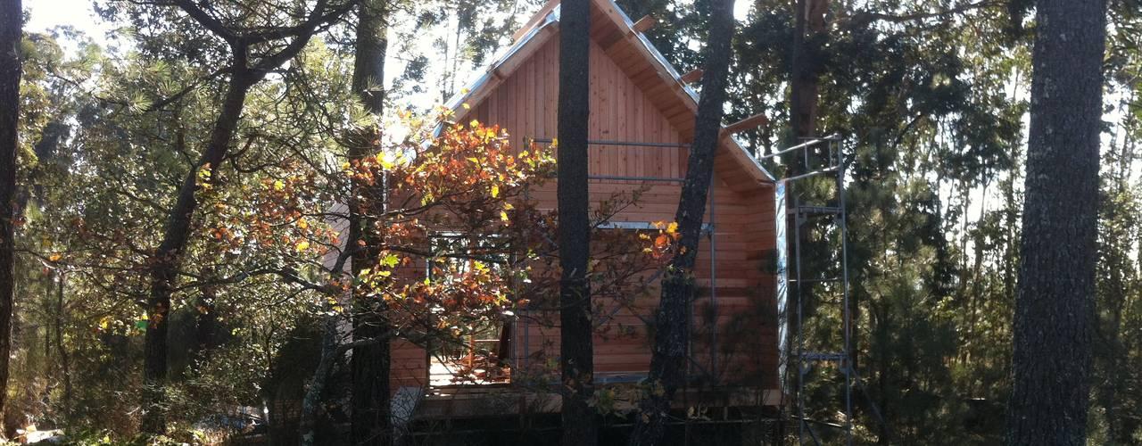 Projekty,   zaprojektowane przez NORMA | Nova Arquitectura em Madeira (New Architecture in Wood), Rustykalny