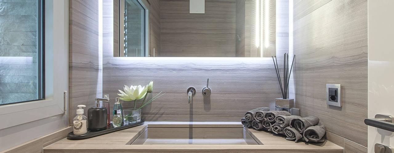 Projekty,  Łazienka zaprojektowane przez studiodonizelli