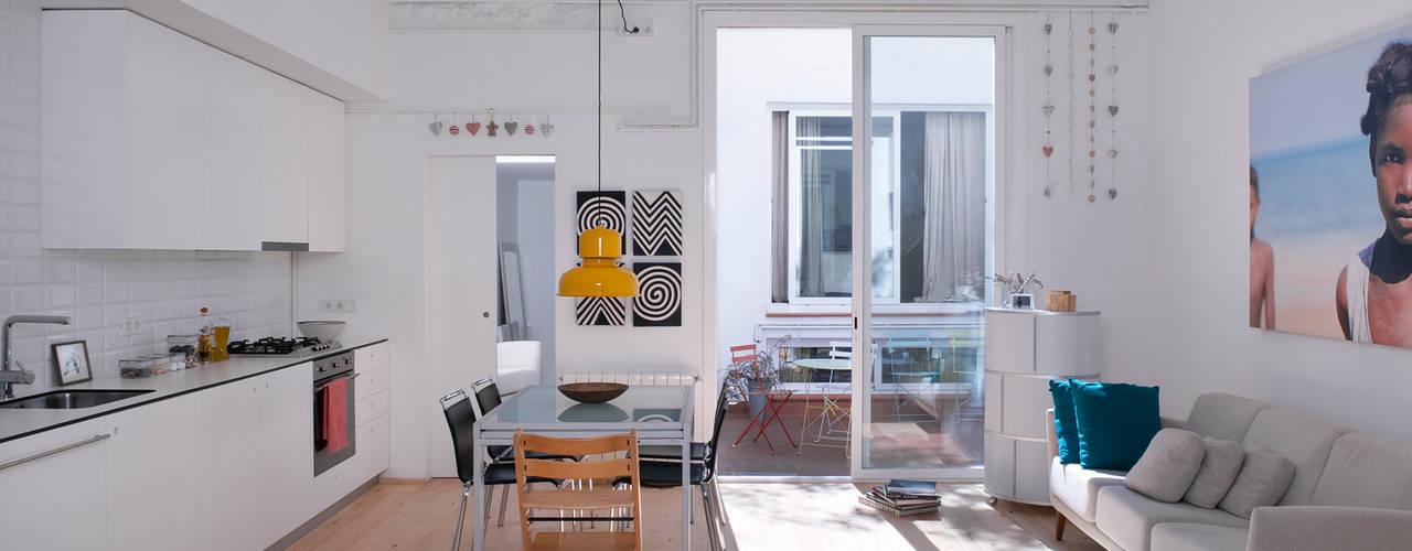 Гостиная в . Автор – manrique planas arquitectes