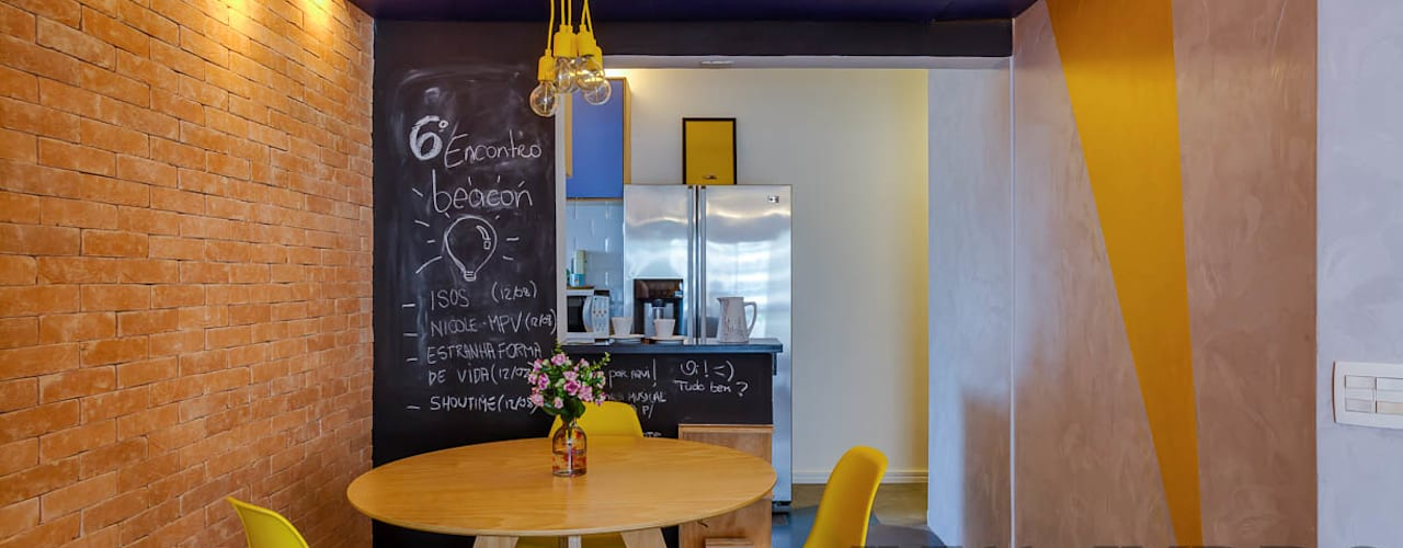 Detalhe Mesa de Jantar  | Apartamento Perdizes: Salas de jantar modernas por Studio dLux