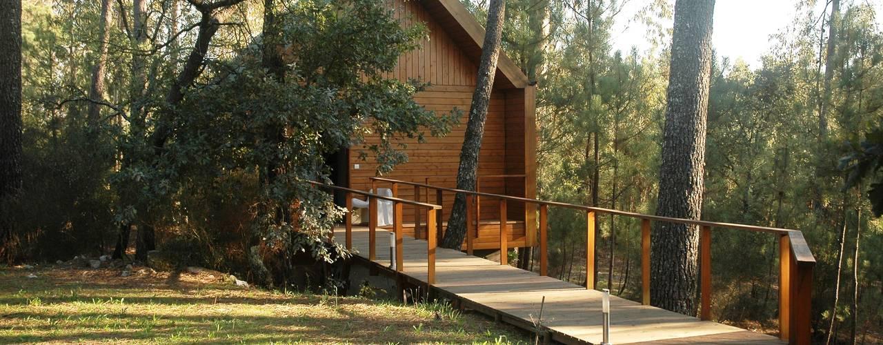 Casas de estilo  por NORMA | Nova Arquitectura em Madeira (New Architecture in Wood)