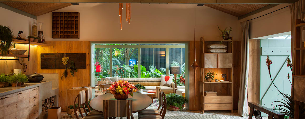 Casa Cor 2015/ A Casa da Gente Salas de estar tropicais por Marina Linhares Decoração de Interiores Tropical