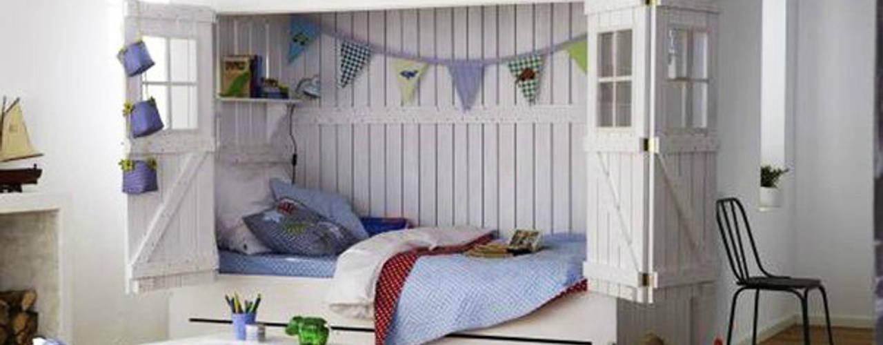 Chambre d'enfant de style  par Çelebi Ahşap & İç Dekorasyon ve Tasarım