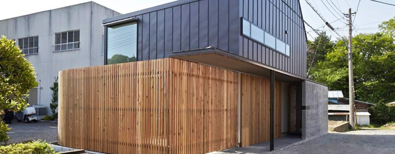 入間の家 モダンな 家 の 白砂孝洋建築設計事務所 モダン