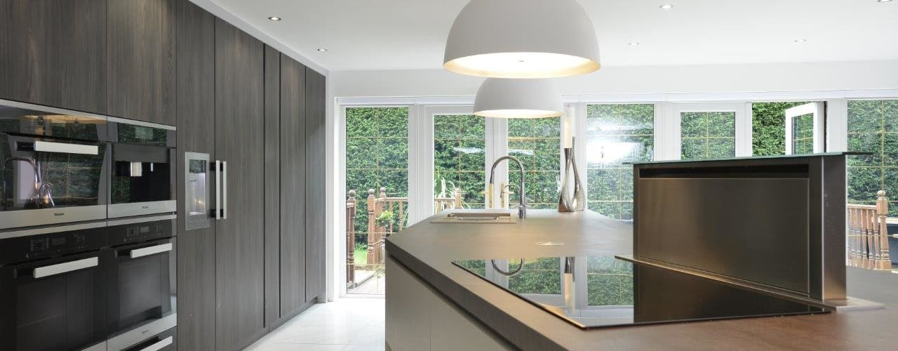 Mr & Mrs Campbell Cucina moderna di Diane Berry Kitchens Moderno