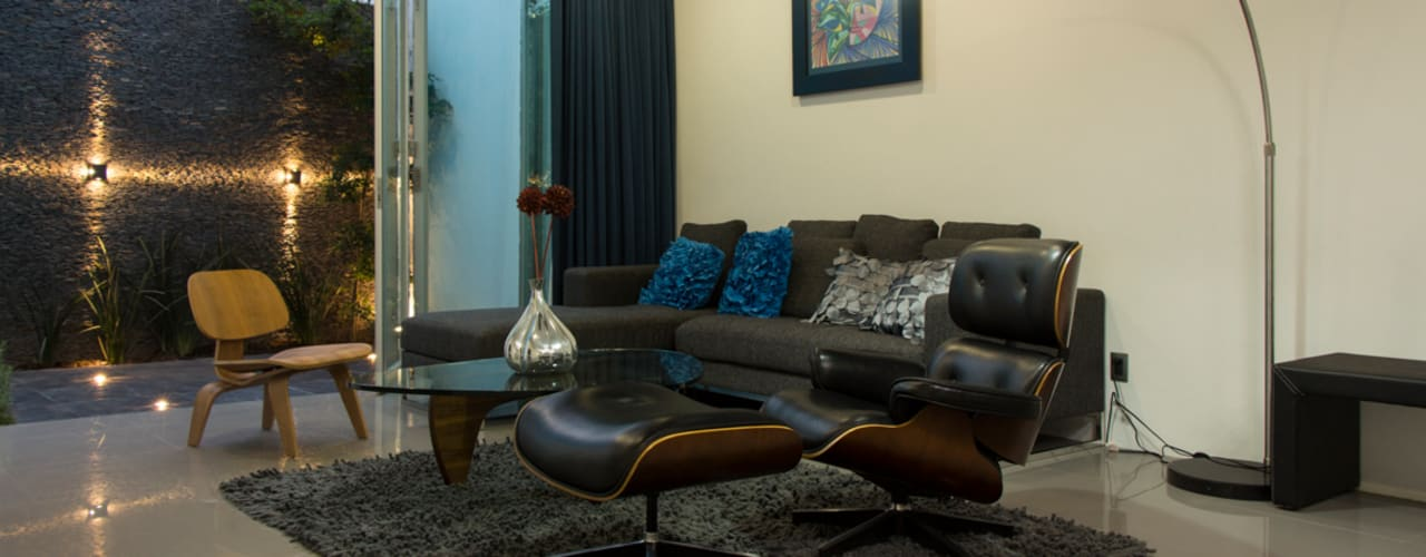 Ruang Keluarga Modern Oleh INDICO Modern
