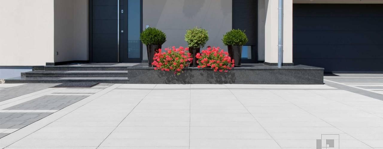 Nowoczesne nawierzchnie z betonu - taras i ogród: styl , w kategorii Ogród zaprojektowany przez Modern Line,Nowoczesny