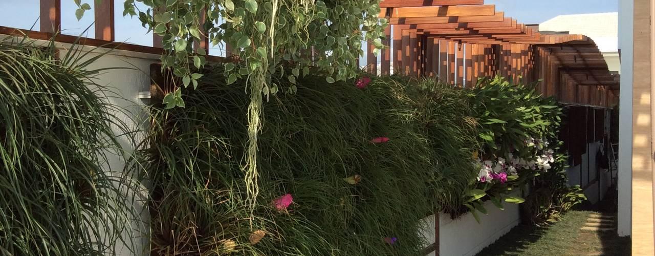 Jardines de estilo  por maispaisagem