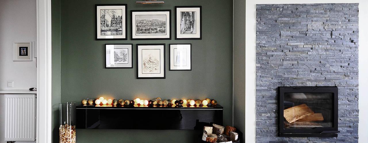 Modern Living Room by IDEALS . Marta Jaślan Interiors Modern