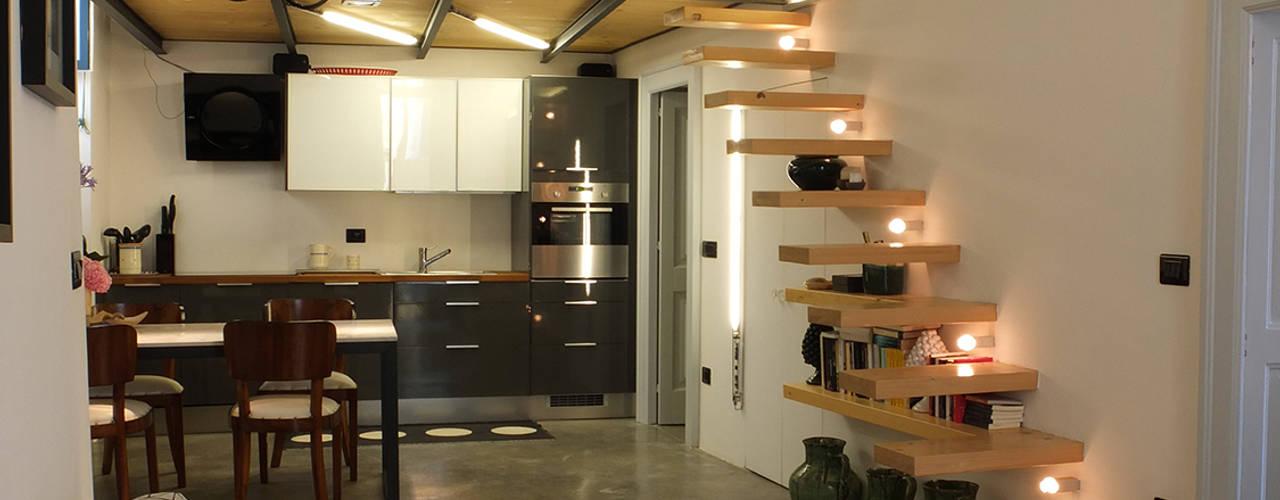 Livings de estilo  por Ossigeno Architettura
