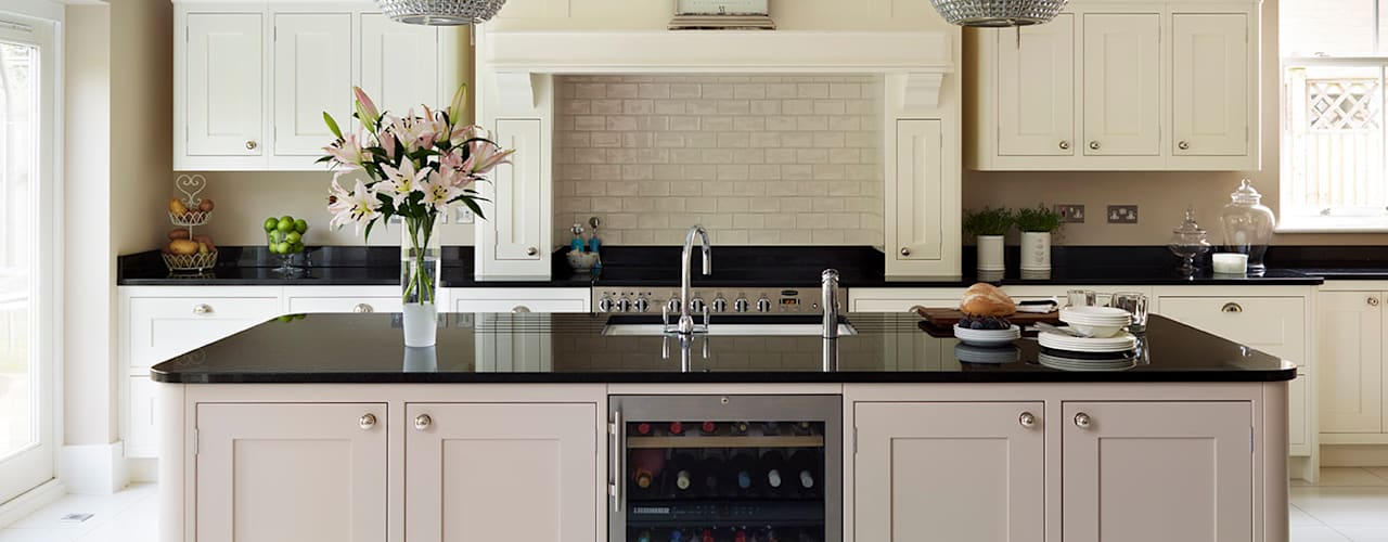 Tillingham  |  A Classic Family Kitchen :  Kitchen by Davonport