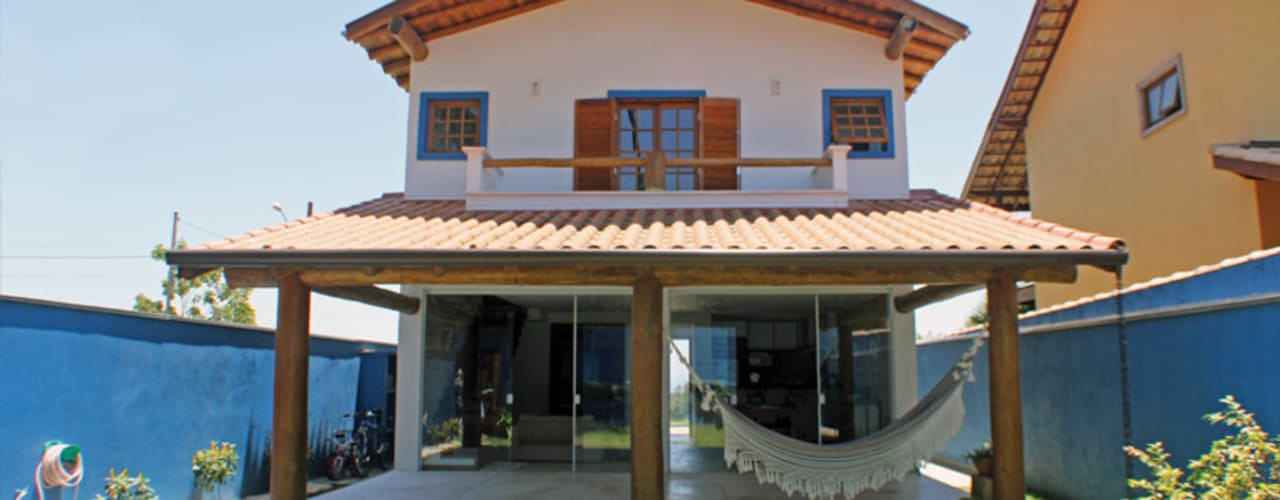 Casa Simples e Confortável Varandas, alpendres e terraços rústicos por RAC ARQUITETURA Rústico