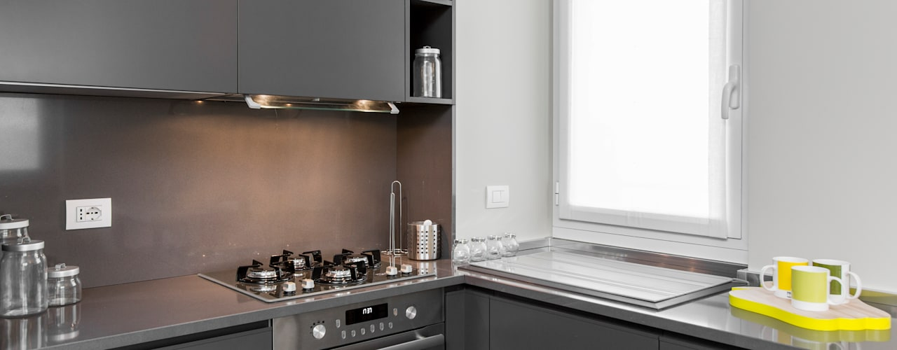 modern Kitchen by Studio Andrea Castrignano