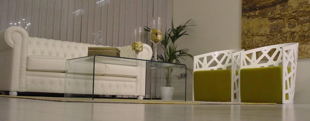 Salas / recibidores de estilo  por EPG-Arquitécnico