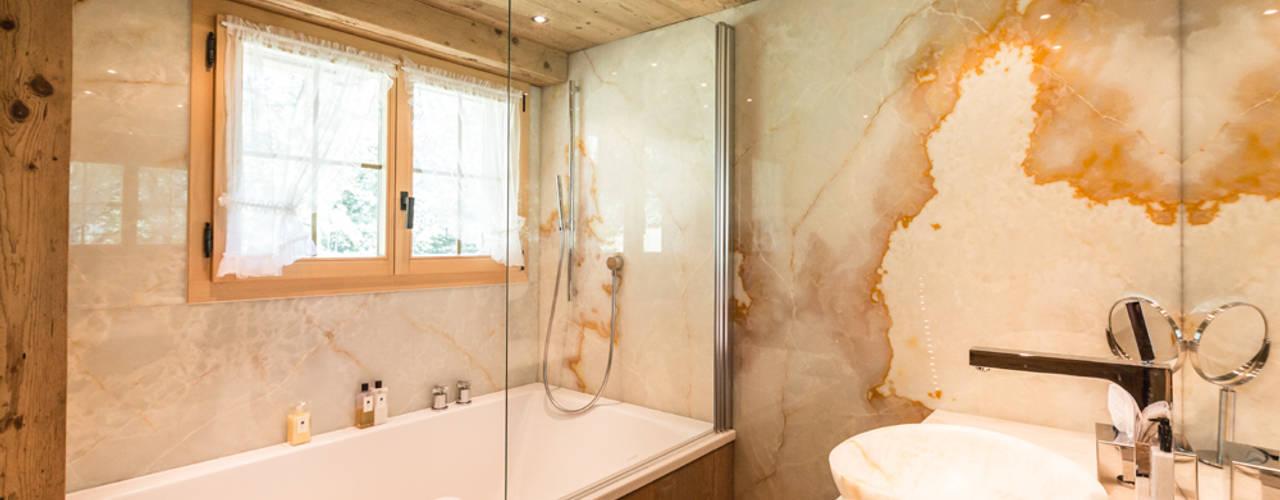 Ванная комната в рустикальном стиле от RH-Design Innenausbau, Möbel und Küchenbau Aarau Рустикальный