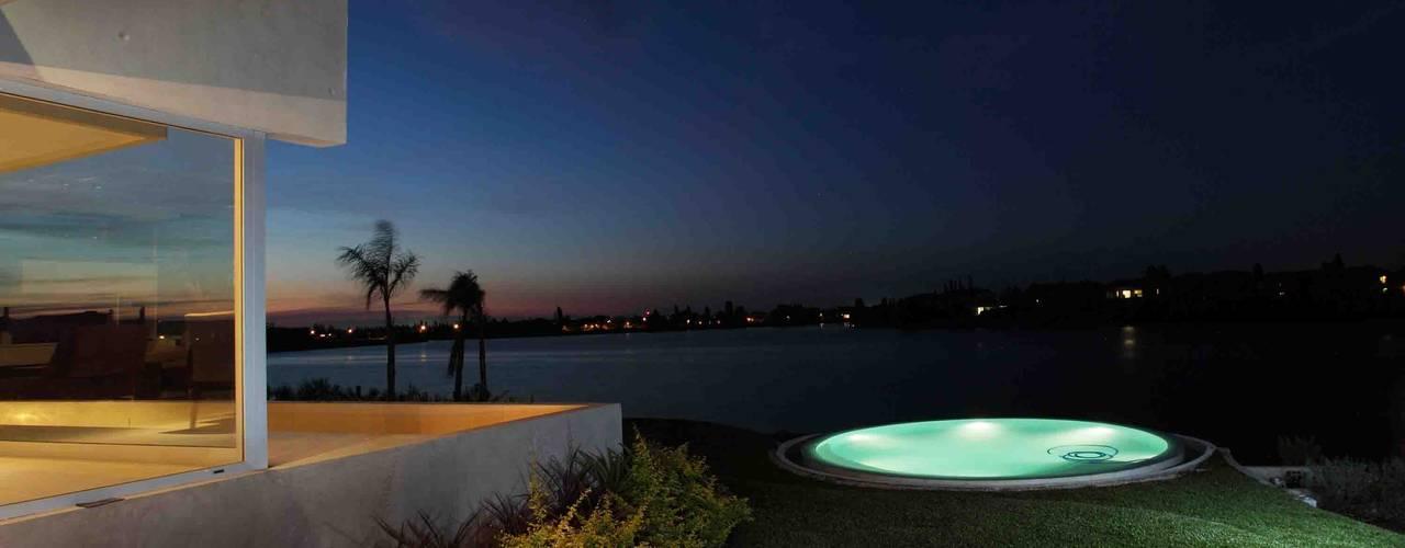 Projekty,  Basen zaprojektowane przez Remy Arquitectos