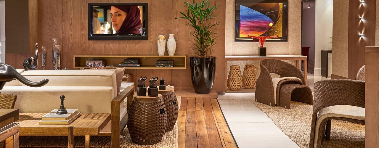 Salon de style  par Lider Interiores, Moderne