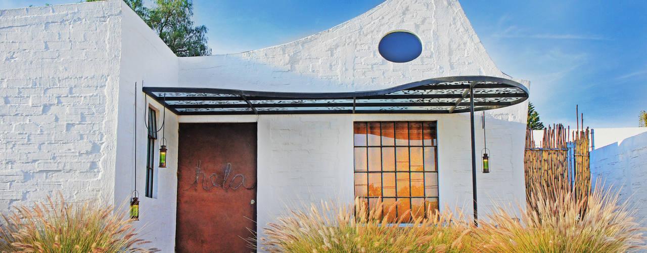 منازل تنفيذ Juan Carlos Loyo Arquitectura , حداثي