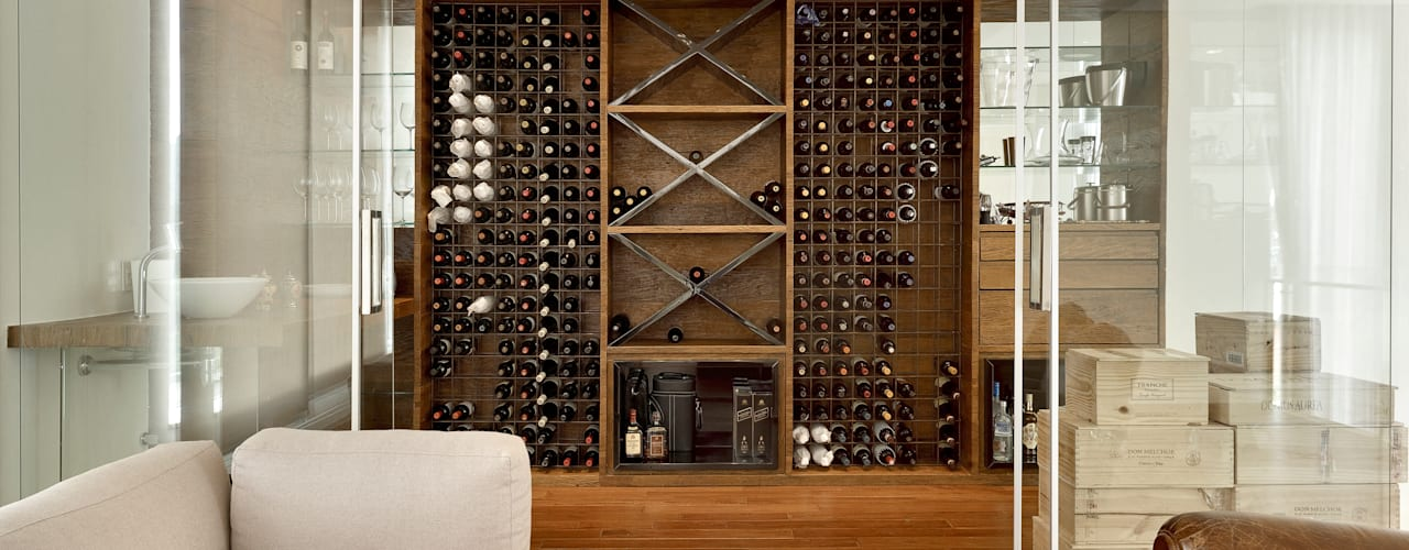Modern Home Wine Cellar by Márcia Carvalhaes Arquitetura LTDA. Modern