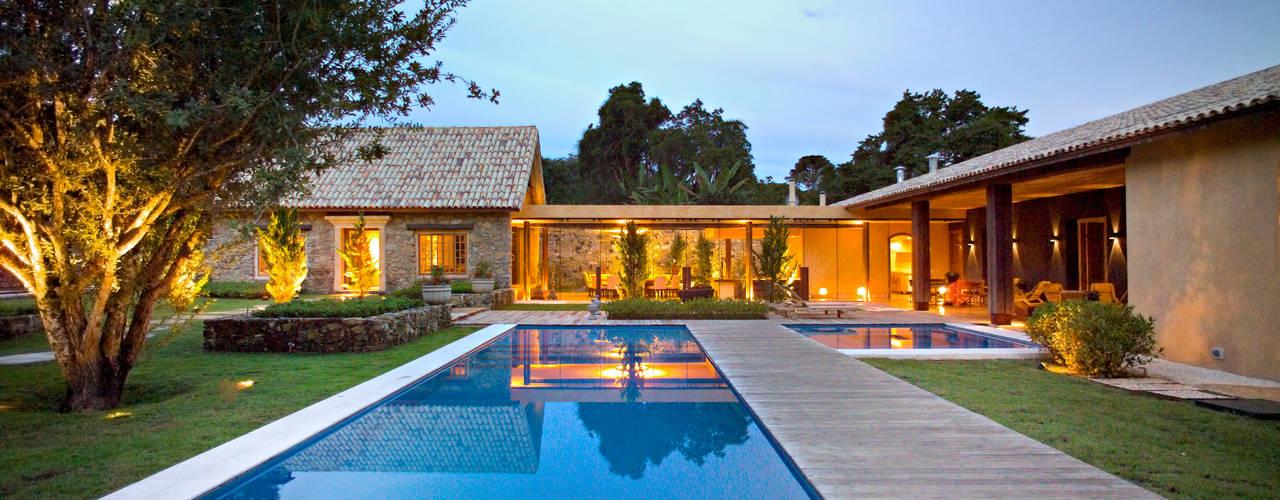 Casas  por Mario Caetano e Eliane Pinheiro
