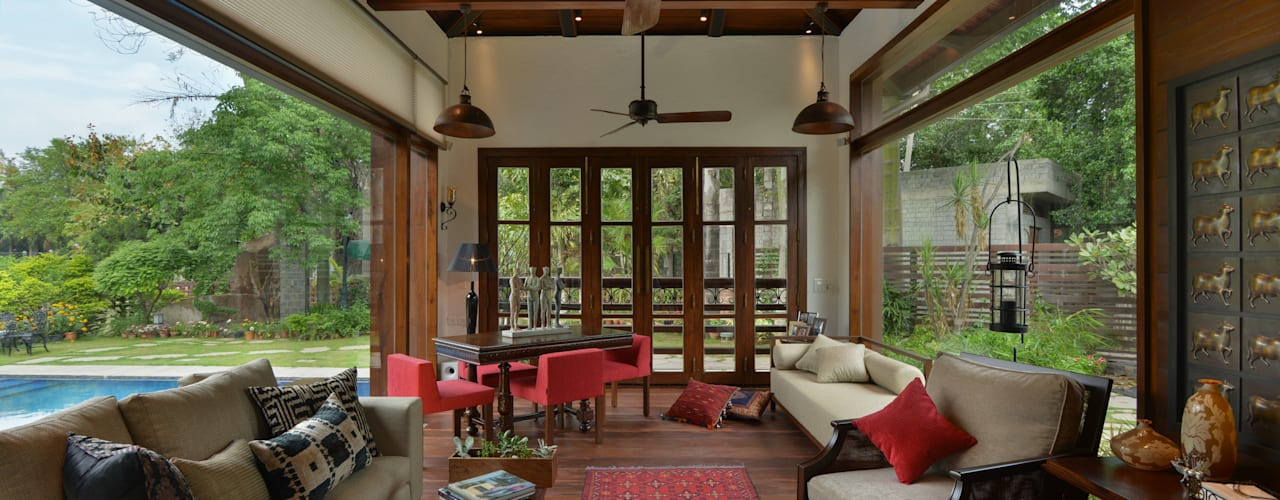 Chattarpur Farmhouse New Delhi por monica khanna designs Moderno