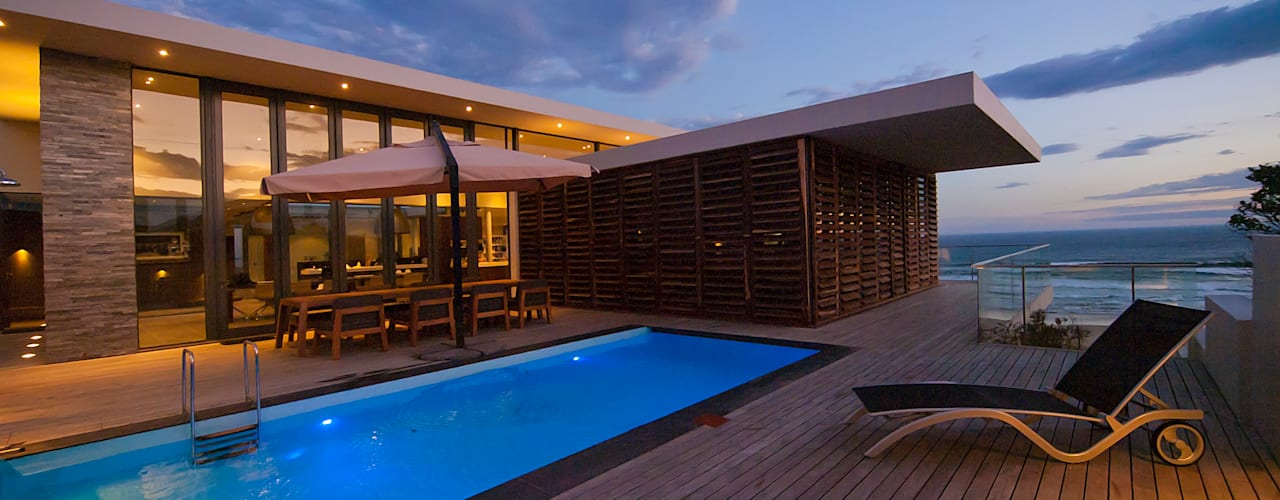modern Pool by van ringen architecten