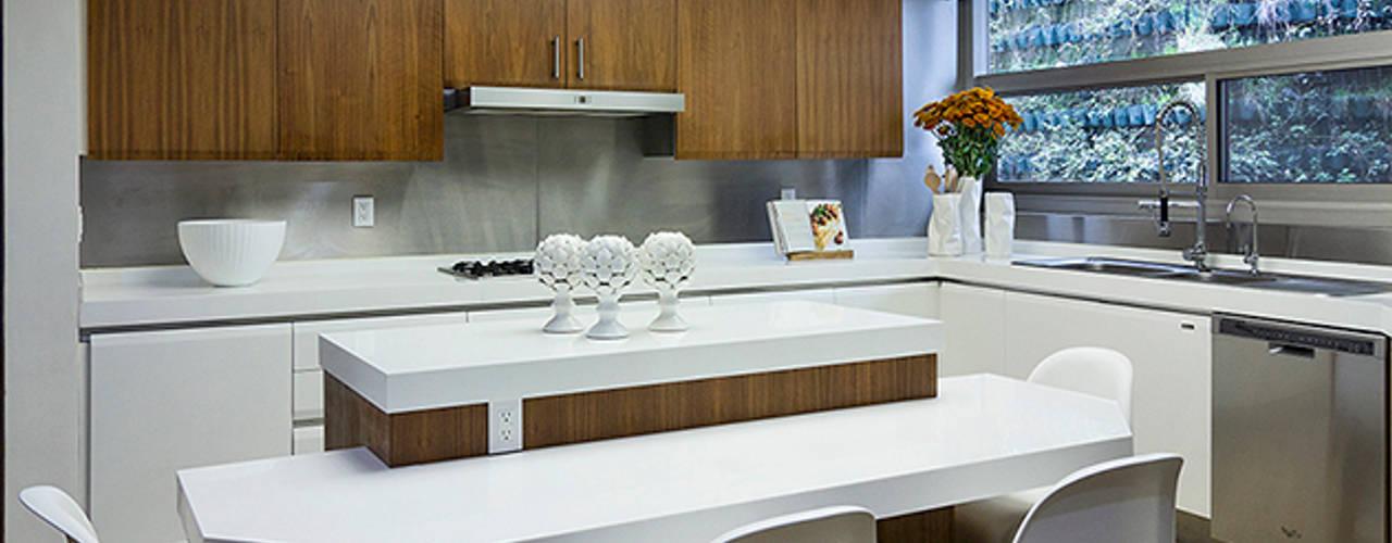 Phòng ăn phong cách hiện đại bởi Olivia Aldrete Haas Hiện đại