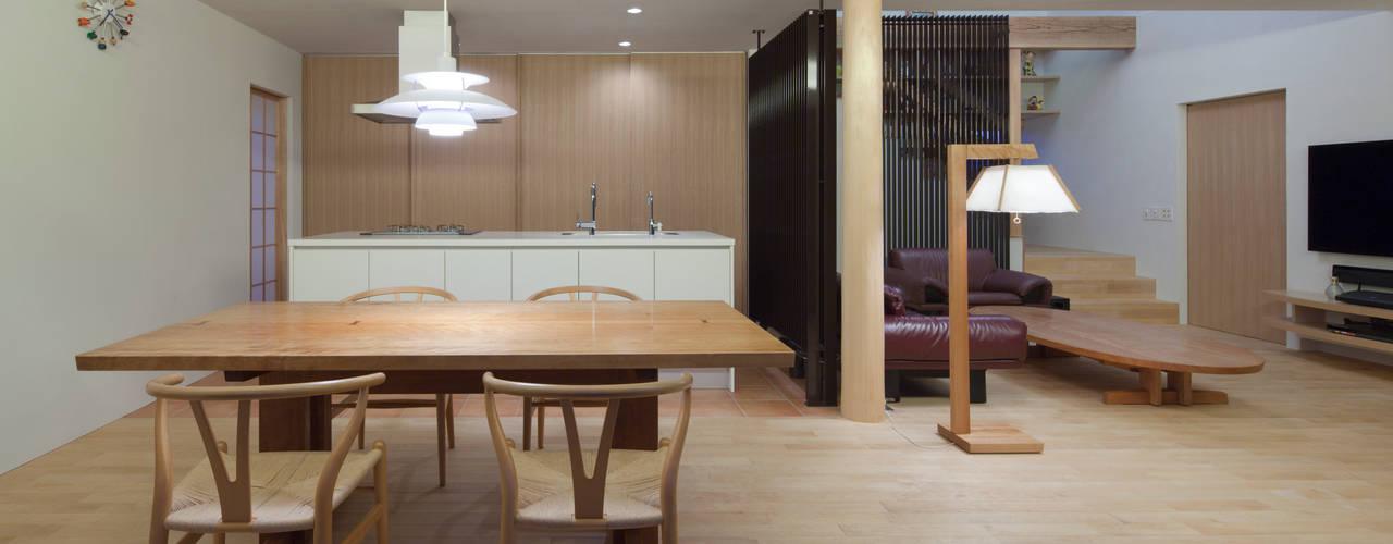 久留米の家: ろく設計室が手掛けたダイニングです。,クラシック