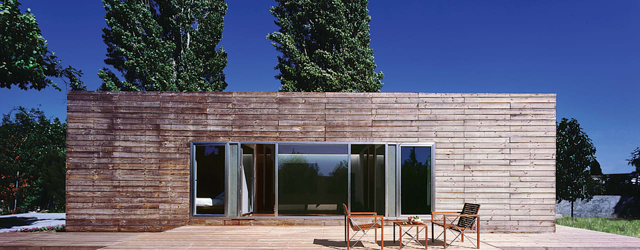 Houses by MARTIN MARTIN ARQUITECTOS