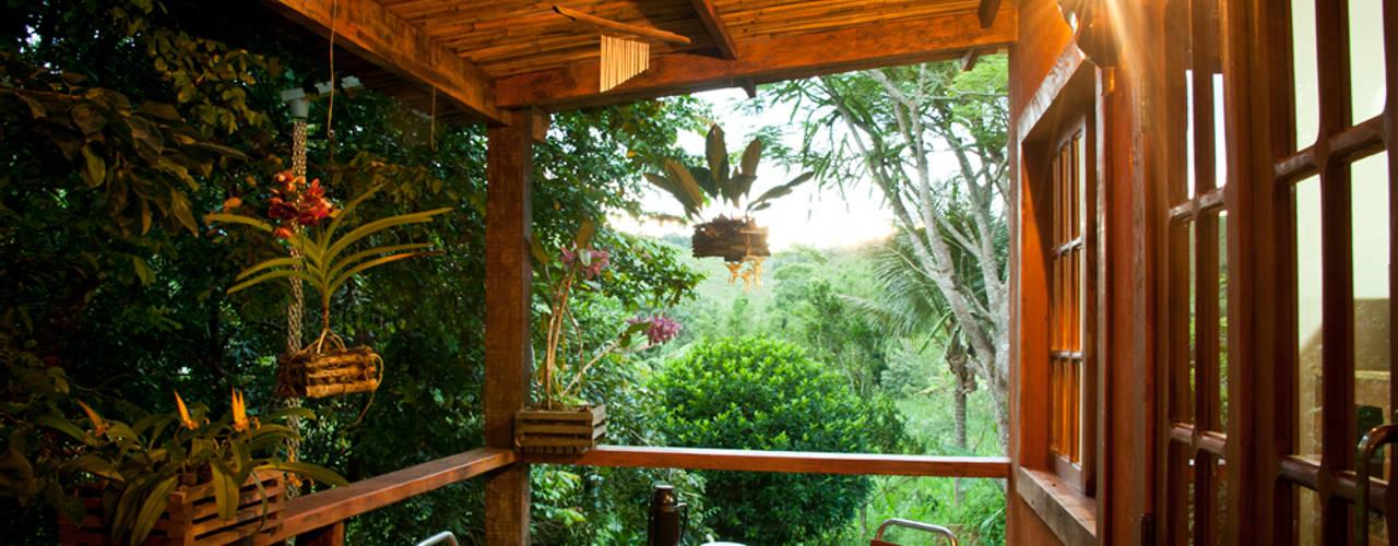 Balcon, Veranda & Terrasse rustiques par Jaqueline Vale Arquitetura Rustique