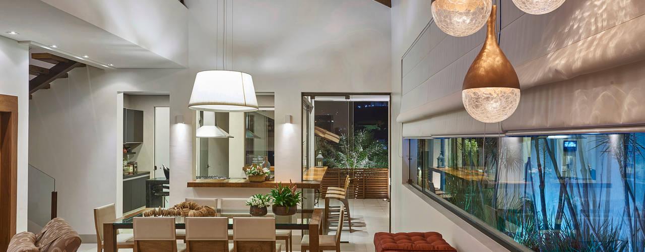 Столовые комнаты в . Автор – Isabela Canaan Arquitetos e Associados,