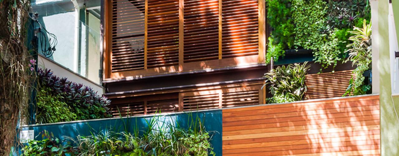 Projekty,  Domowe biuro i gabinet zaprojektowane przez MPV Arquitetura Ltda